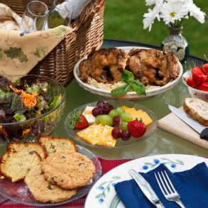 Picnic at White Oak Inn